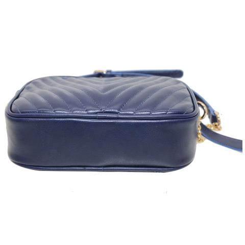 2020 trendy navy quilting crossbody bags with chain straps,features top zip pocket with inside phone pocket.